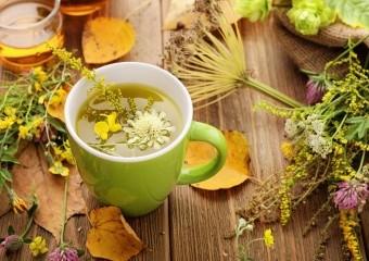 Чим корисні трав'яні чаї?